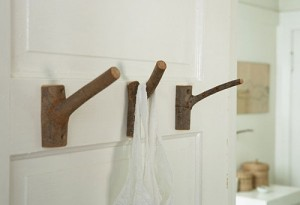 Вешалки из древесных веток: