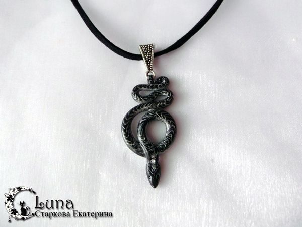 Мастер-класс - кулон Черная змея