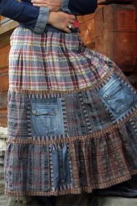 Варианты переделки джинсов в юбку
