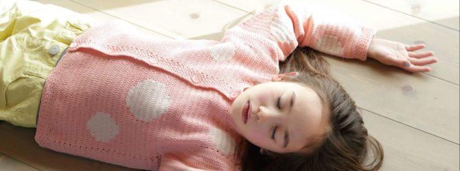 Кофта для девочки крючком — ах, эти розовые мечты!