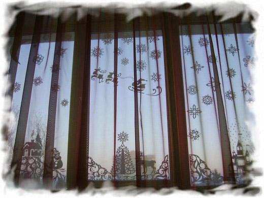 Украшаем окно к новому году своими руками