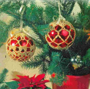 Украшаем новогодние шарики