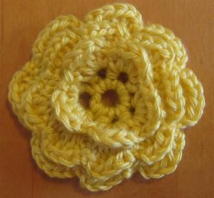 Как вяжется цветок для повязки