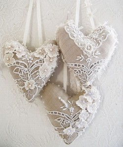 Идеи для украшений ёлки из ткани