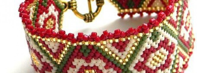 Схема красного браслета из бисера
