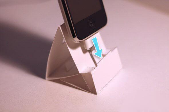 Как сделать подставку под телефон из бумаги своими руками 53
