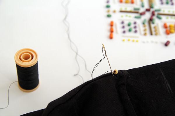 Украшение футболки бисером (мастер-класс)
