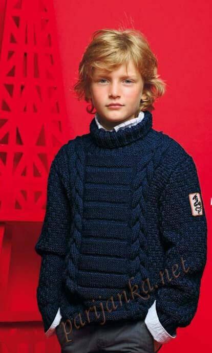 Вязаный спицами свитер для мальчика со схемами