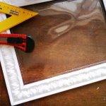 Как сделать рамку для фотографий или картины из плинтуса?