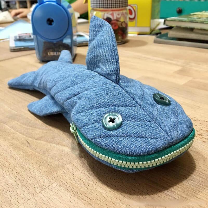 Прикольный пенал Акула
