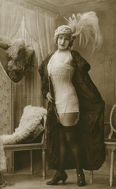 Из истории женского белья