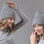 Двухсторонняя шапка бини спицами — лучшие мастер-классы для вас