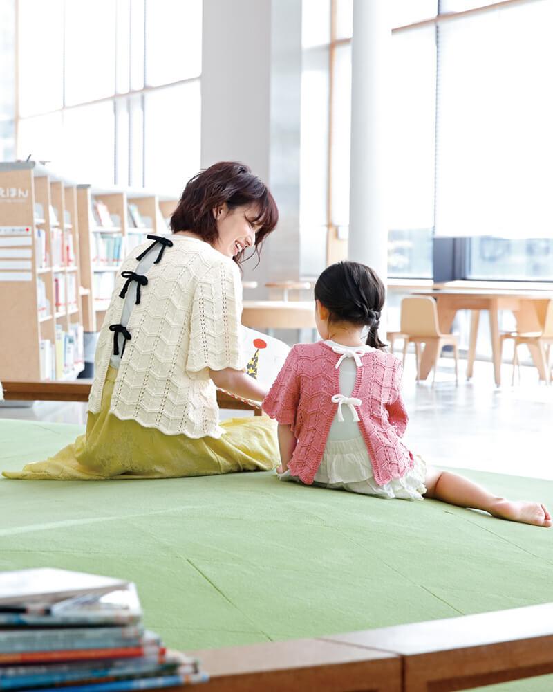 Детская и взрослая футболка с бантиками на спине