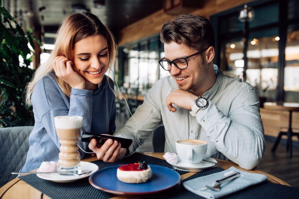 Чем определяется успешность на сайте знакомств?