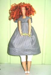 Национальный костюм и кукла тильда