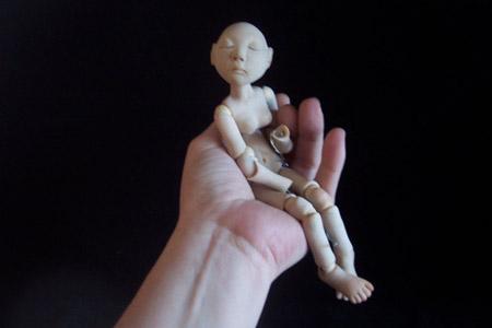 Простая фигурка-болванчик из полимерной глины
