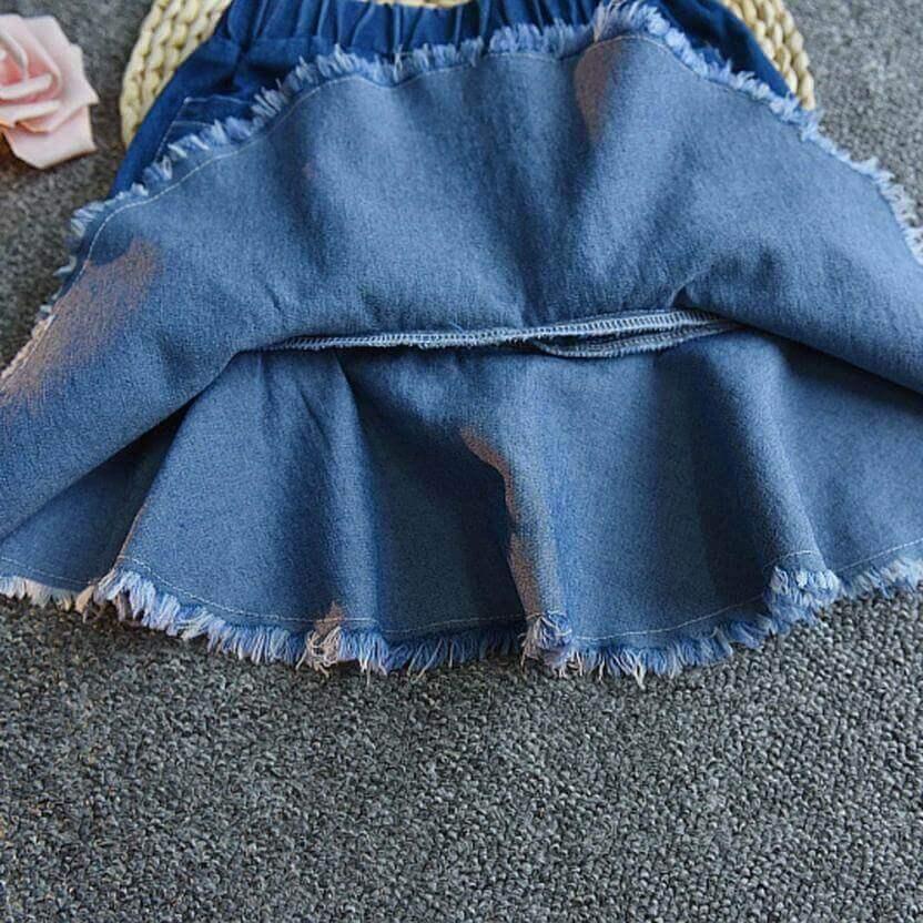 Юбка с карманами и вышивкой
