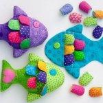 Рыбка - брелок из ткани