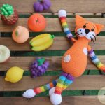 Интересные игрушки крючком - схемы